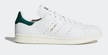 adidas夏日優惠-adidas ORIGINGALS STAN SMITH 原價$640>折後$320 adidas Originals經典款式不得不提Stan Smith,經典休閒鞋單一的配色配上純白的皮革,無論任何場合都並不失禮!2021年就是Stan Smith的50周年,到時候必定又會成為熱話!襯現在adidas夏日優惠入手,到時候就唔會跟唔到風!