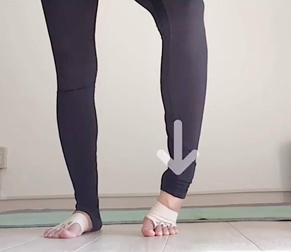 微動瘦腿法!超簡單6招為下半身燒脂減重不反彈 Instagram @hosomistyle94