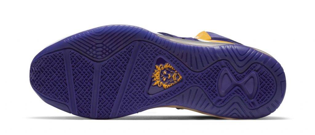 Nike Lebron-8 Lakers Court purple University gold to be released on December 15