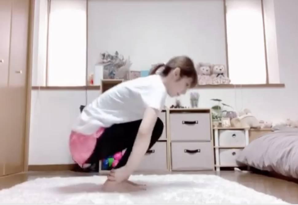 腿部水腫消除不再粗壯!日本中女9招自救偽胖腿 Instagram @mu0715mu影片截圖