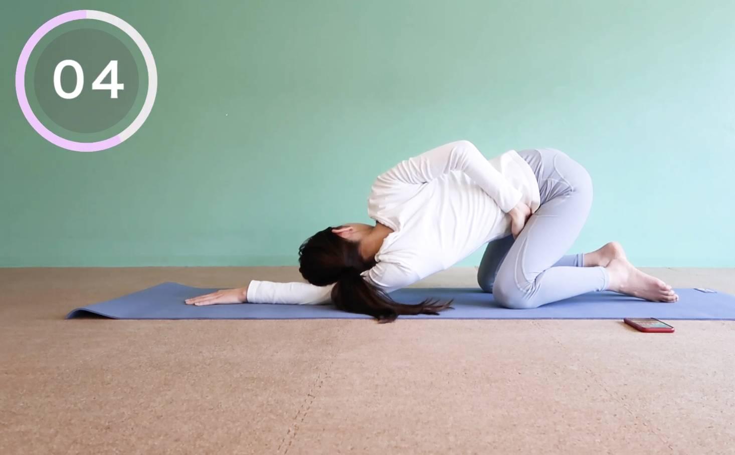 姿勢改善外觀大提升!8招x30秒糾正寒背、肩頸繃緊 YouTube頻道KASUMI healthy life影片截圖