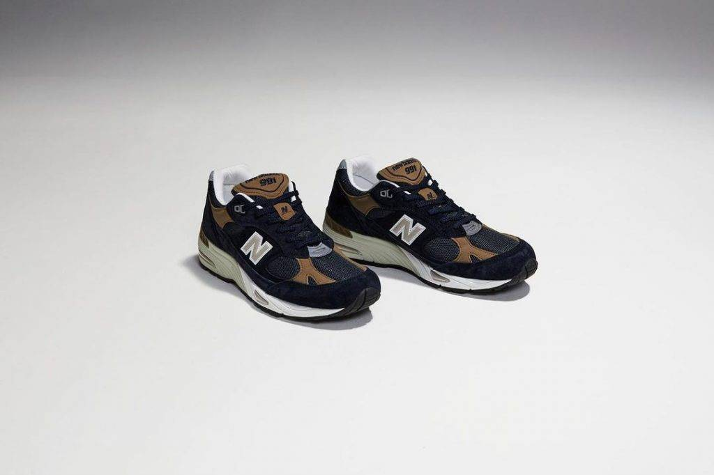 New Balance 991 Navy Tan