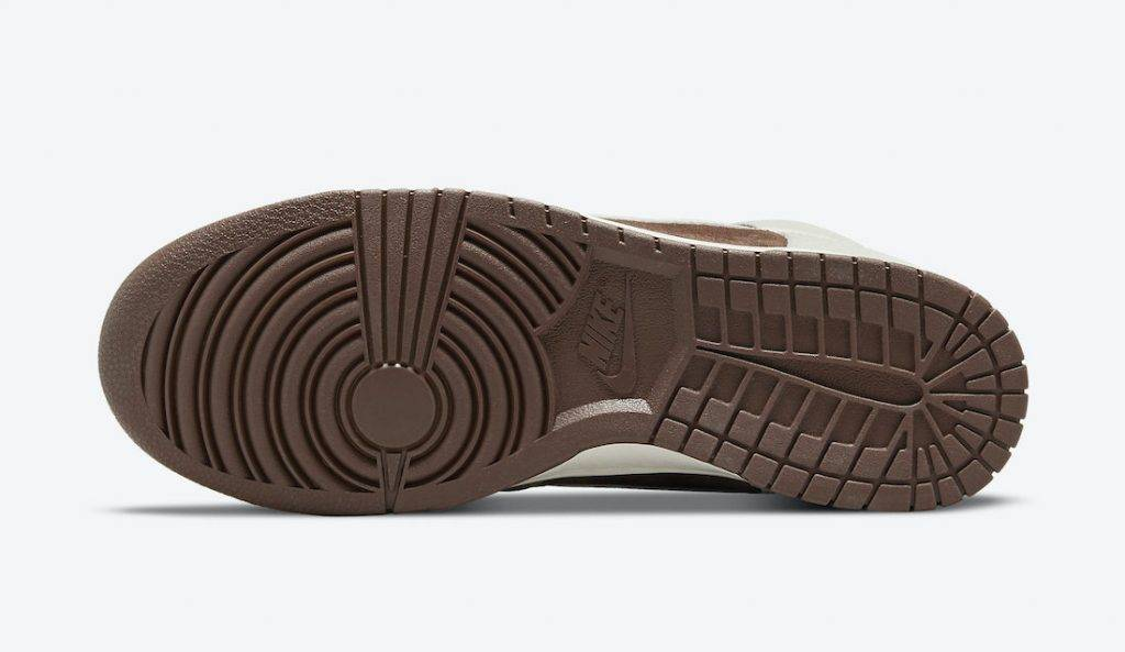 Nike Dunk High「Light Chocolate」