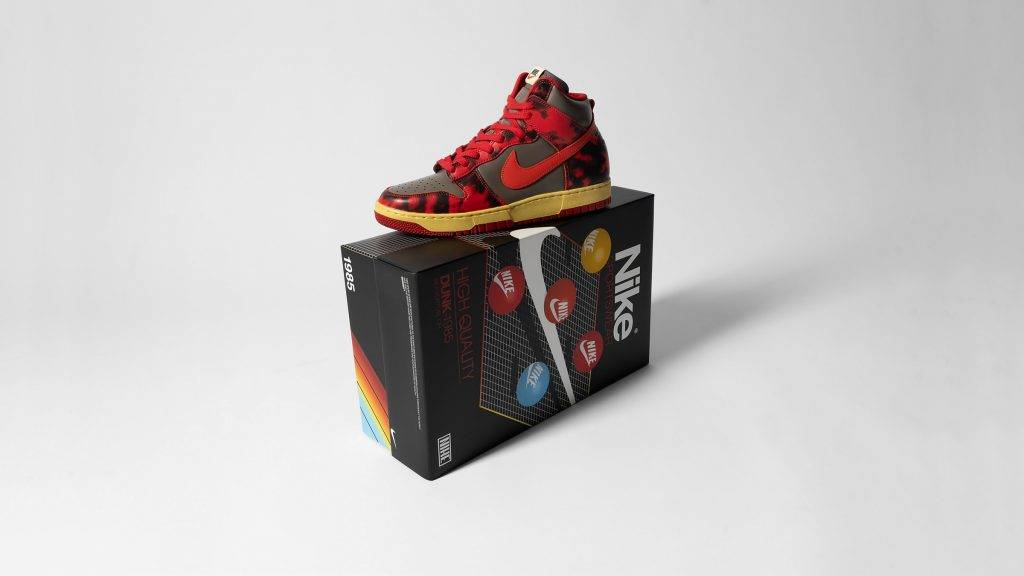 "Nike Dunk High ""1985 Acid Wash"" chile red cream black"