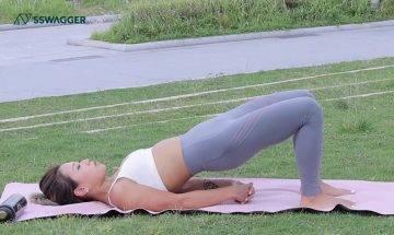 舒緩腰背痛瑜伽4式推薦!PT League教練示範上班族必學動作助拉長腰背線條